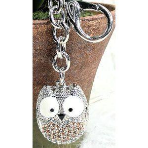 Adorable 3D Rhinestone Silver tone Owl Keychain